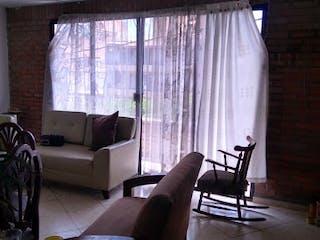 Una sala de estar llena de muebles y una ventana en Apartamento en venta en Velódromo, de 104mtrs2