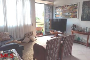 Apartamento en venta en Laureles 104m²