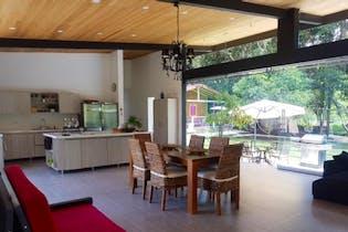 Casa en venta en Rionegro de 5 habitaciones