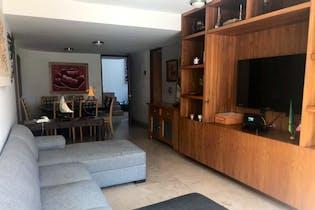 Casa en venta en Bosques De Las Lomas de 4 alcobas