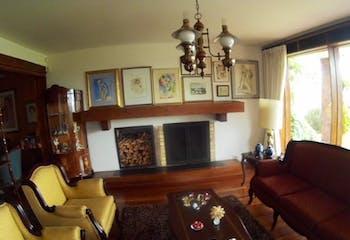 Casa en venta en Barrio San José De Bavaria de 4 hab. con Solarium...