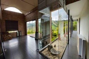 Casa en venta en El Retiro de 280m²