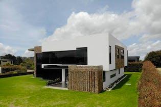 Parcelación Prado Largo, Casa en venta en V. Pantanillo (Envigado) de 5 alcobas