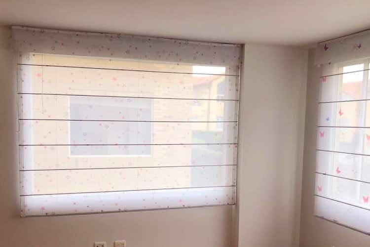Portada Casa En Chia, Chia, 3 Habitaciones- 300m2.
