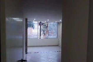 Apartamento en venta en Nueva Villa De Aburrá de 70m²