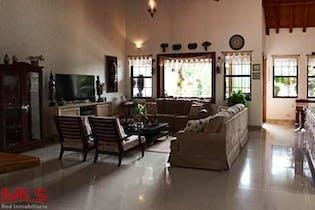 Monterrey, Casa en venta en Corredor La Fe El Retiro 312m²