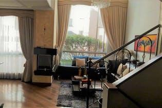 Casa en venta en Colina Norte de 4 hab. con Zonas húmedas...
