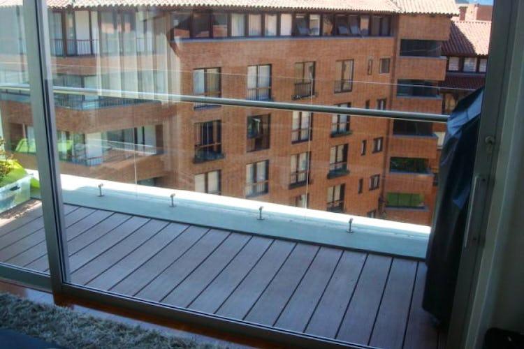 Foto 2 de Apartamento En Venta En Bogota La Carolina con linda vista exterior en séptimo piso