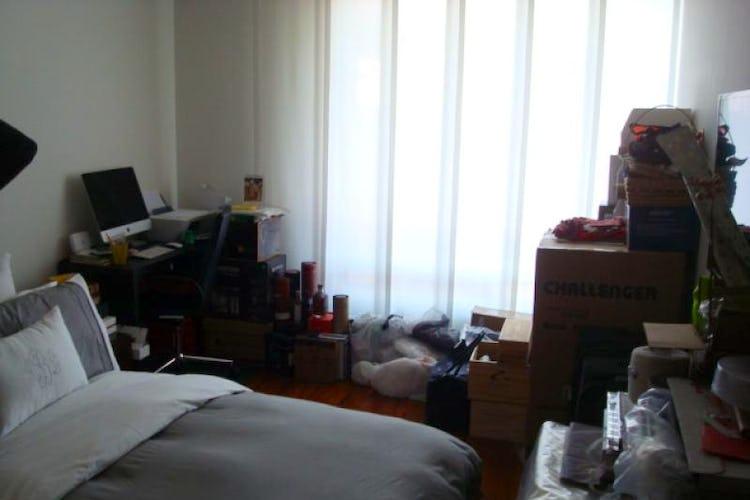 Foto 5 de Apartamento En Venta En Bogota La Carolina con linda vista exterior en séptimo piso
