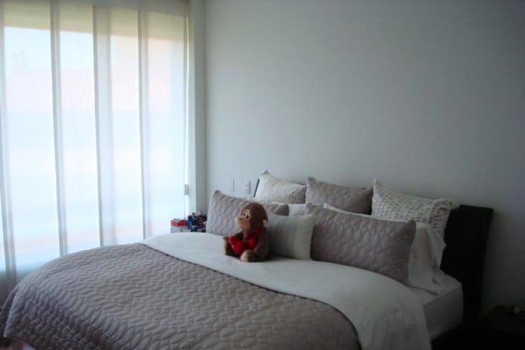 Foto 7 de Apartamento En Venta En Bogota La Carolina con linda vista exterior en séptimo piso