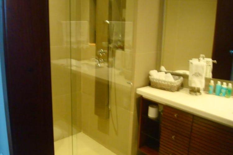 Foto 9 de Apartamento En Venta En Bogota La Carolina con linda vista exterior en séptimo piso