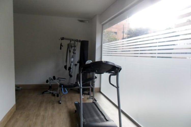 Foto 13 de Apartamento En Venta En Bogota La Carolina con linda vista exterior en séptimo piso