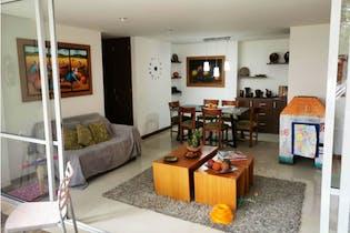 Apartamento en venta en Loma Del Chocho de 3 habitaciones