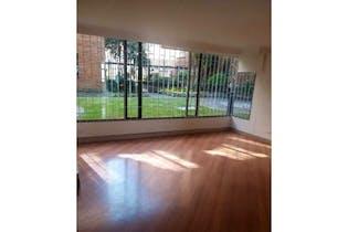 Apartamento en venta en Santa Barbara Central con acceso a Jardín