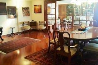 Apartamento en venta en Santa Bárbara Central de 4 alcobas