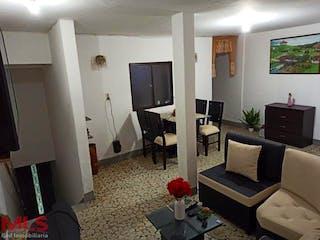 Una sala de estar llena de muebles y una televisión de pantalla plana en Casa en venta en San Pío, 82mt con terraza