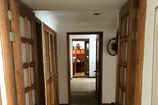 Apartamento En Bogota Rosales- 3 alcobas- sala con chimenea