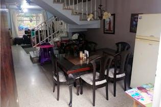 Casa en venta en La América con Balcón...