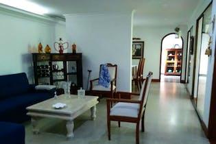 Casa en venta en Rosales de 3 hab.
