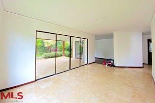 Alcazar De La Serrania, Casa en venta en El Poblado, 300m²