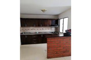 Casa en venta en Guayabal de 5 habitaciones