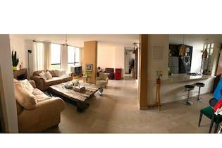 Apartamento en venta en El Poblado 130m² con Balcón...