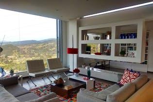 Casa en venta en Alto De Patios de 4 habitaciones