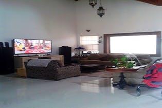 Casa en venta en Casco Urbano El Retiro 300m²