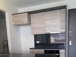 Cocina con horno de cocina y nevera en Apartamento en venta en Modelia, 75mt