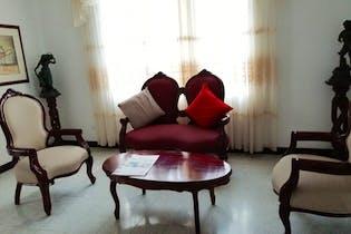 Apartamento en venta en Laureles de 100m²