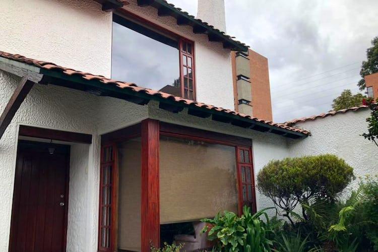 Foto 2 de Casa En Venta En Bogota Andes- 3 alcobas