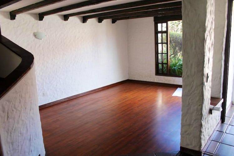 Foto 6 de Casa En Venta En Bogota Andes- 3 alcobas