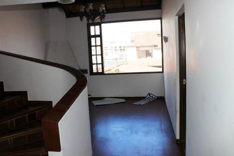 Foto 9 de Casa En Venta En Bogota Andes- 3 alcobas