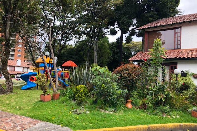 Foto 24 de Casa En Venta En Bogota Andes- 3 alcobas
