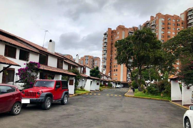 Foto 25 de Casa En Venta En Bogota Andes- 3 alcobas
