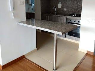 Una cocina con fregadero y nevera en Apartamento en Venta HATO GRANDE de 68m2