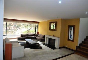 Apartamento En Venta En Bogota Rosales, con cuatro garajes.