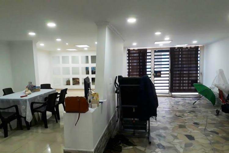 Foto 4 de Casa en Santa Isabel, Restrepo - 340mt, siete alcobas, tres pisos