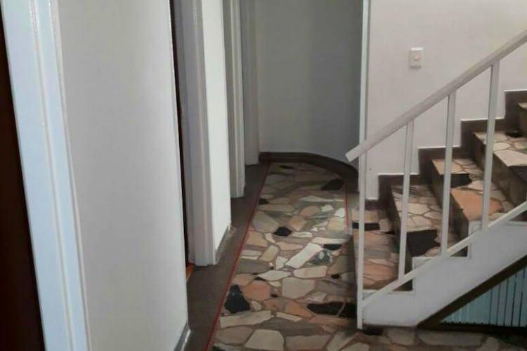Foto 5 de Casa en Santa Isabel, Restrepo - 340mt, siete alcobas, tres pisos