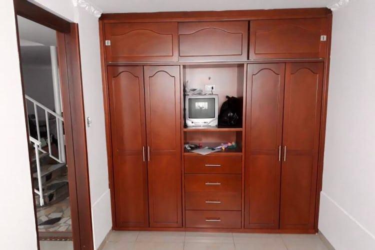 Foto 17 de Casa en Santa Isabel, Restrepo - 340mt, siete alcobas, tres pisos