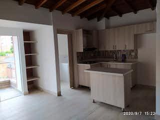 Una cocina que tiene un fregadero en ella en Apartamento venta en Calle Larga, 81mt con balcon