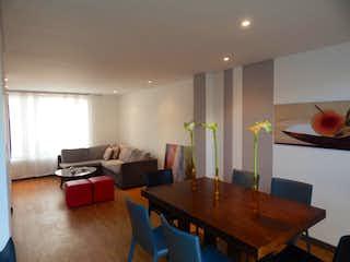 Una sala de estar llena de muebles y una mesa en Casa en venta en Tiquiza, de 144mtrs2