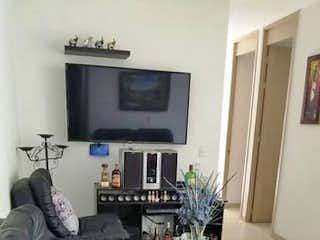 Una sala de estar llena de muebles y una televisión de pantalla plana en Apartamento en venta en La Pilarica, de 72mtr2