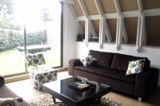 Casa en venta en Barrio La Carolina, 248m² con Jardín...