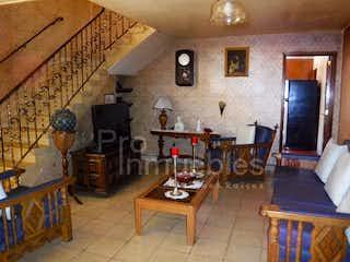 Casa en venta en Colonia Tlalpan, 418mt con terraza