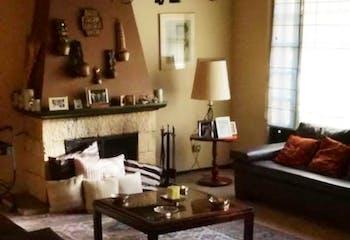 Casa en Bogota Santa Ana Occidental - cuatro alcobas, cocina cerrad, dos garajes