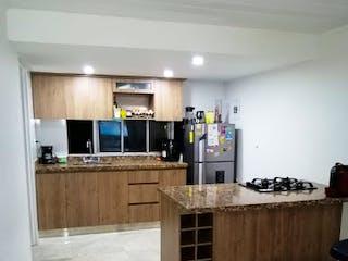 Una gran cocina con una gran encimera en Apartamento en venta en La Pilarica, 94mt con balcon