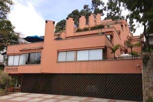 Apartamento en venta en Cerros De Niza, 230m² con Bbq...