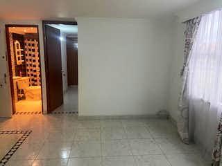 Un cuarto de baño con un inodoro de ducha y lavabo en Apartamento en venta en Barrio El Tintal de dos habitaciones