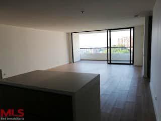 Una vista de una sala de estar con un gran ventanal en Nogales